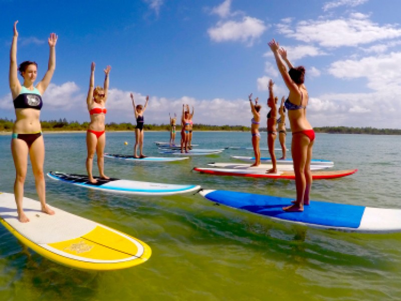 Stand-up-Paddleboard-Yoga-Lesson